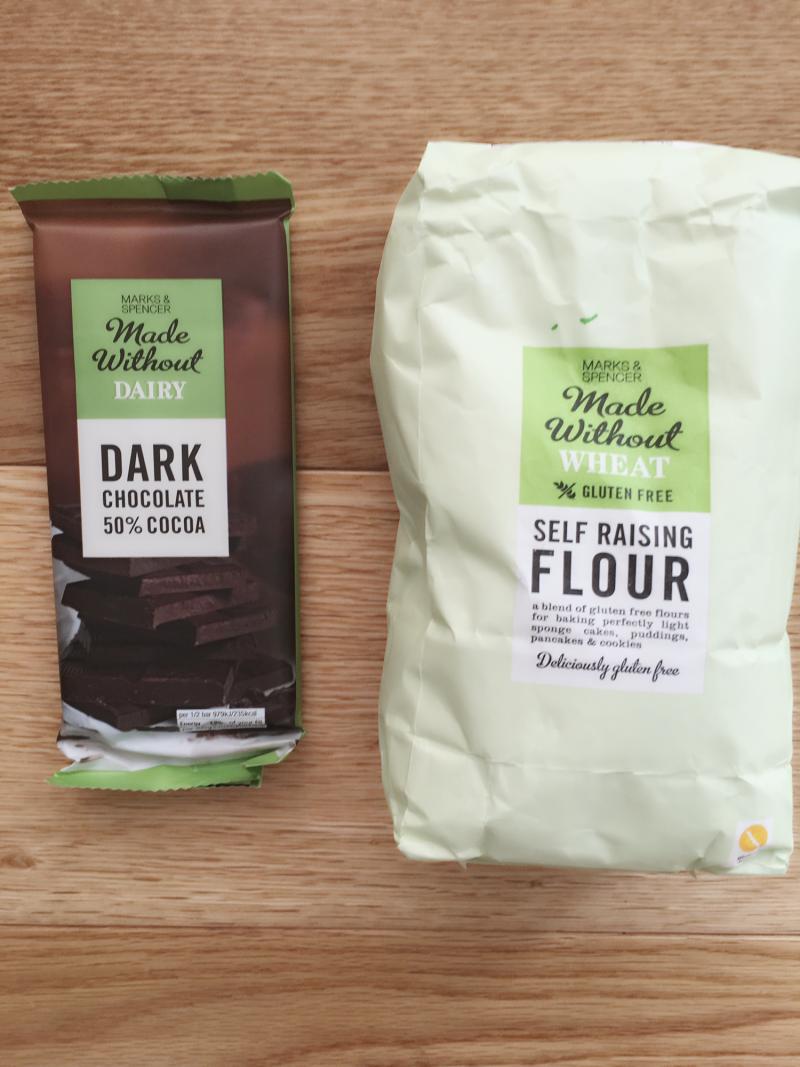 muffin-vegani-senza-glutine-banana-cioccolato